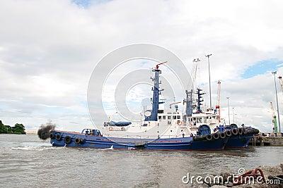 River shannon tug boats