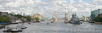 River Thames, Pool of London, towards Tower Bridge