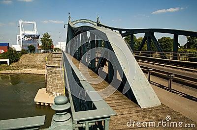 Riveted steel bridge construction