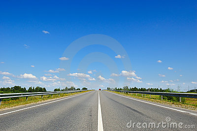 Road with cars going in the opposite direction