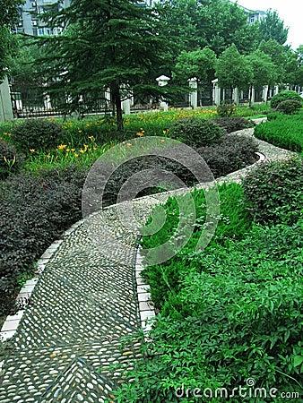 road garden