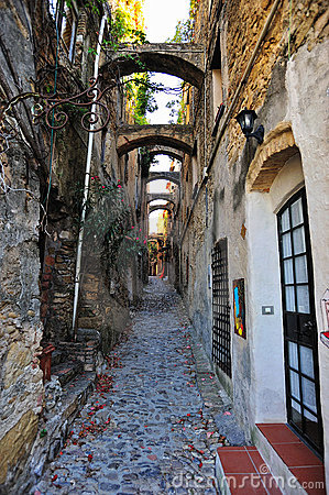 Free Road In Bussana Vecchia Stock Photography - 16286672