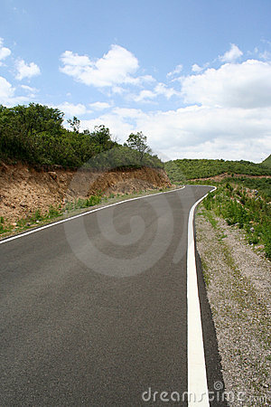 Free Road Line And Curve Royalty Free Stock Photography - 5465277