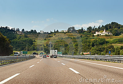 The road from Milano to Genova