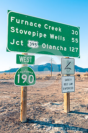 Free Road Sign In The Death Valley - Highway West 190 Royalty Free Stock Photo - 37410705