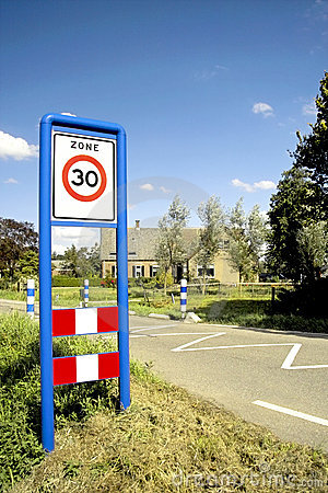 Free Road Sign Speed Limit Zone Royalty Free Stock Photos - 14382748