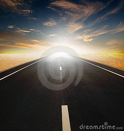Free Road Through The Desert Royalty Free Stock Image - 10813496