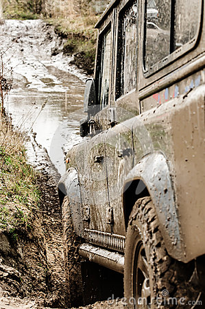 Free Road Through The Mud Royalty Free Stock Photo - 58085345