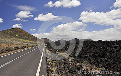 The road to the border of the lava fields.