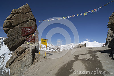 Road to Kardung La in Ladakh