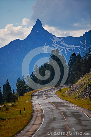 Free Road To The Montana Sky Stock Image - 95691011