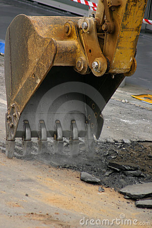 Free Roadwork - Digging Up The Road Royalty Free Stock Photos - 306678