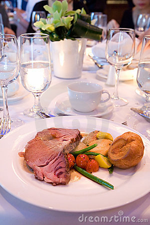 Free Roast Beef At Banquet Royalty Free Stock Images - 9786429