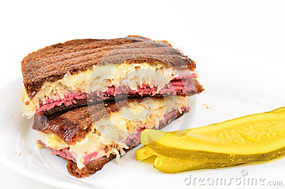 Reuben Sandwich on White