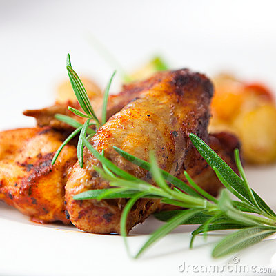Roast chicken wings with rosemary