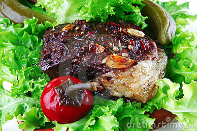 Roast meat on salad