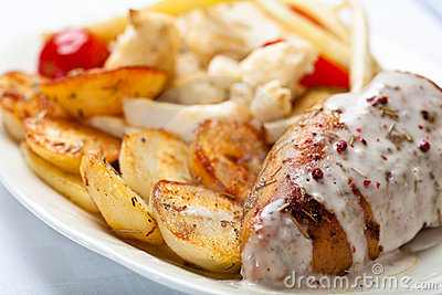Roasted chicken breast with cream sauce