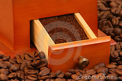 roasted coffee beans and ground coffee