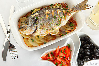 Roasted gilt-head bream with potato