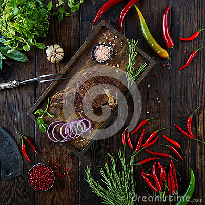 Free Roasted Meat With Onions, Garlic, Spices, Fresh Herbs, Red Pepper And Salt Royalty Free Stock Images - 94018579