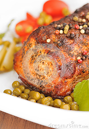 Roasted pork loin with pepper