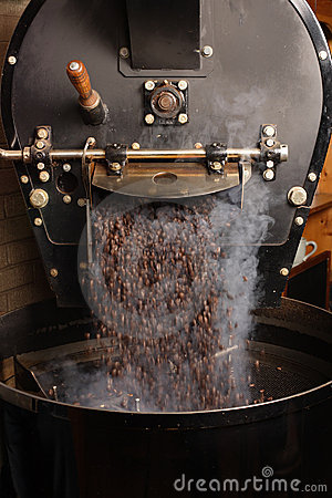 Free Roasting Coffee Beans Royalty Free Stock Images - 11832429