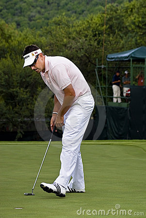 Robert Allenby - Putts Out on the 17th Editorial Photography