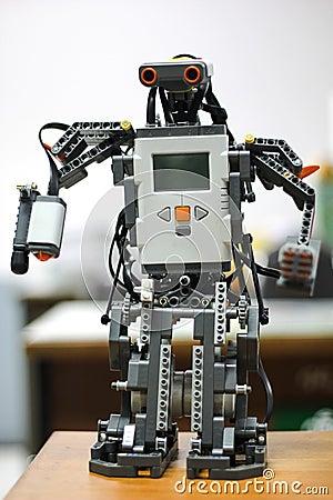 Free Robots Royalty Free Stock Image - 35559456