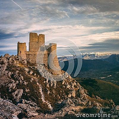 Free Rocca Calascio Royalty Free Stock Photography - 103084427