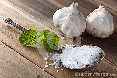 Rock salt and garlic