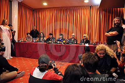 Rock stars at press conference Editorial Stock Image
