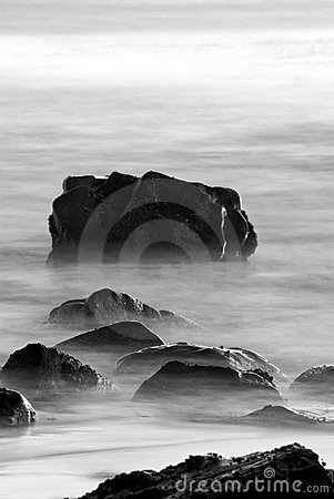 Free Rocks In Surf (Black And White) Royalty Free Stock Photography - 7918957