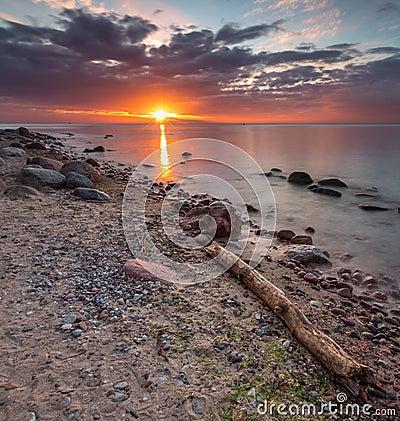 Free Rocky Sea Shore At Sunrise. Beautiful Seascape Royalty Free Stock Image - 53125616
