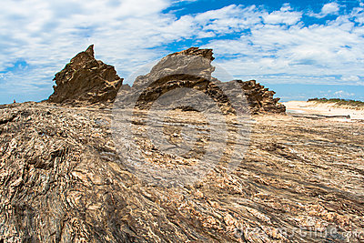 Rocky Shoreline Detail Contrasts Stock Image - Image: 25886251