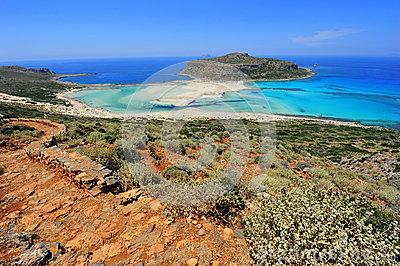 Rocky way down to Balos bay paradise