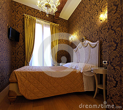 Free Rococo Bedroom Royalty Free Stock Photography - 25307437