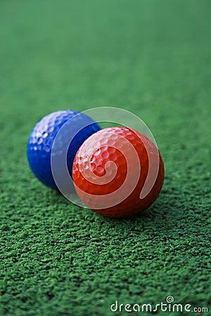 Rode en blauwe golfballen royalty vrije stock fotografie afbeelding 1530697 - Meubilair tv rode ...