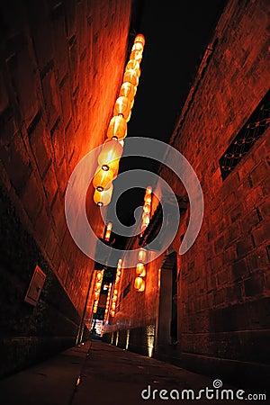 Rode lantaarns in een Hutong