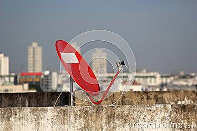 Rode satelliet.