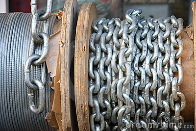 Roll with chain