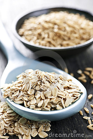Free Rolled Oats And Oat Groats Royalty Free Stock Images - 13993159