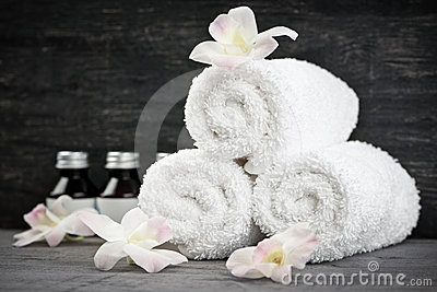 Rolled up towels at spa