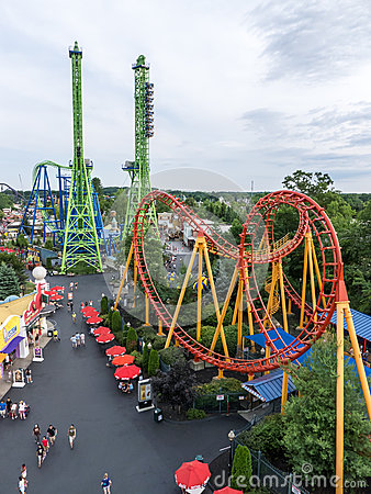 Free Rollercoasters At Six Flags New England Theme Park Stock Photos - 25604363