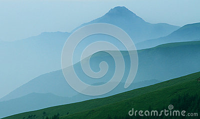 Rolling Mountains