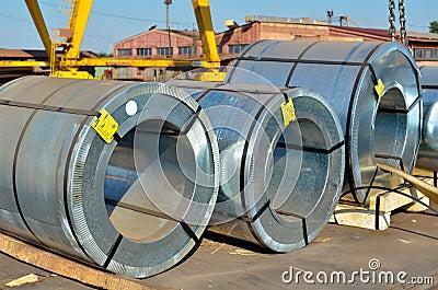 Rolls des Stahlblechs
