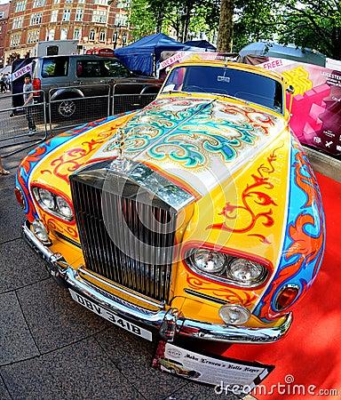 Redaktionelles Bild: Rolls Royce John-Lennons - Phantom V