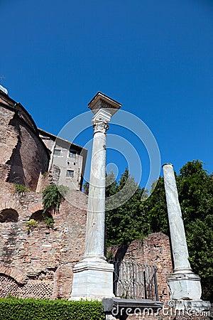 Romański forum