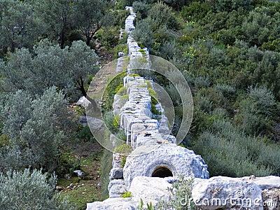 Roman Aquaduct top