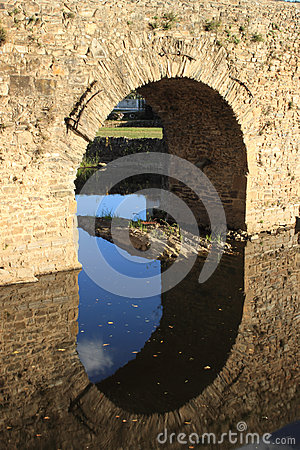 Free Roman Bridge Royalty Free Stock Images - 27255109