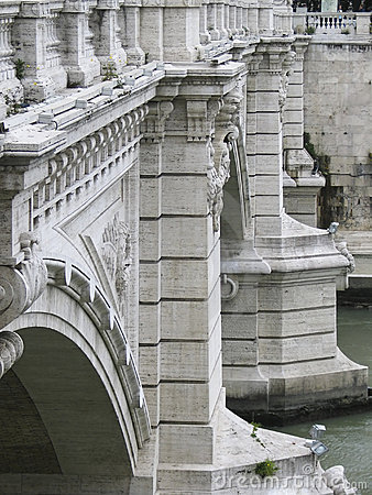 Roman bridges over the tiber